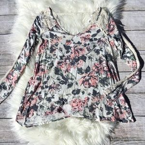 Floral Lace Abercrombie & Fitch Long Sleeve Top